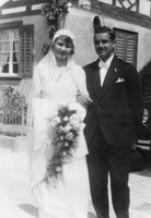 "Richard and Melly Giger in front of the restaurant ""Adler"" in Mammern at their marriage in 1932."